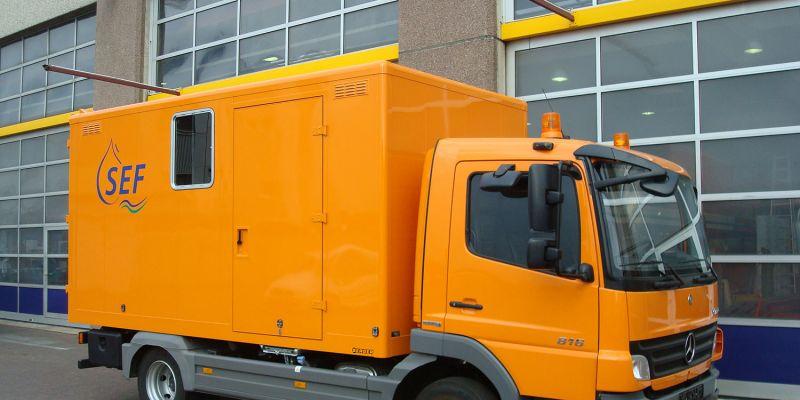 logistikfahrzeug-sef76E60092-136F-04E3-D9CC-93108779DBC0.jpg
